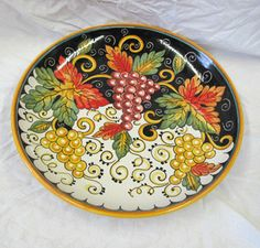 "Frutta 16"" Platter comes ready to hang or to use at your table"
