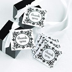 Thank your guests with these adorably simple thank you cards. Great for weddings.