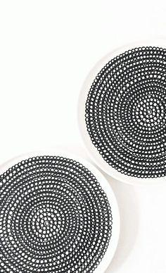 Via 24grad | Black and White | Marimekko Siirtolapuutarha Plates