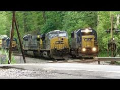 CSX Plays Musical Train Engines - YouTube