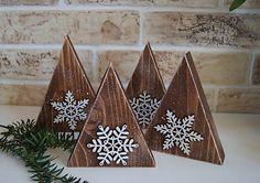 SkaraZu / Rustikálne zimné stromčeky Old Fashioned Decor, Christmas Holidays, Christmas Crafts, Bohemian Style, Amazing Art, Advent Calendar, Rustic, Ornaments, Holiday Decor