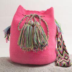 Hermosa Wayuu Mochila | WAYUU TRIBE – WAYUU TRIBE | Handmade Bohemian Bags http://wayuutribe.com/collections/wayuu-bags-cabo-mochilas