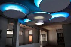Islas #Ecophon Solo Circle para mejorar la #acustica de las estancias