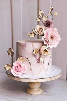 dusty rose wedding Dusty rose is becoming the wedding trend in This pink tone is a perfect color. Here are some chic dusty rose wedding ideas! Floral Wedding Cakes, Wedding Cakes With Flowers, Beautiful Wedding Cakes, Wedding Cake Designs, Beautiful Cakes, Rose Wedding, Floral Cake, Wedding Shower Cakes, Flower Cakes