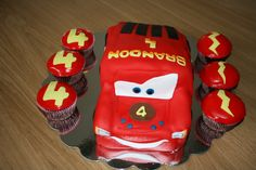 Flash McQueen birthday cake and cupcakes