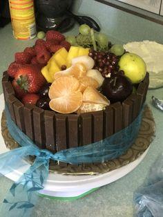 Summer Fruit Bowl Cake