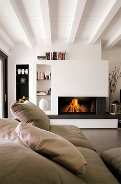 How to cover a plasterboard fireplace? (and why choose this material) - Do you want a modern and eye-catching living room? The plasterboard fireplace can help you. Read the - Living Room Decor Fireplace, Home Fireplace, Modern Fireplace, Fireplace Design, Fireplaces, Home Interior Design, New Homes, House, Home Decor