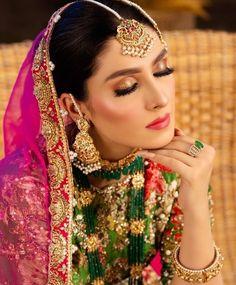 Pakistani Bridal Makeup, Indian Bridal Fashion, Pakistani Bridal Dresses, Wedding Makeup Looks, Bridal Looks, Bridal Style, Beautiful Indian Brides, Beautiful Bride, Mayon Dresses