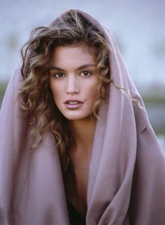 BRITISH VOGUE: Cindy Crawford photographed by Patrick Demarchelier for the January 1989 issue