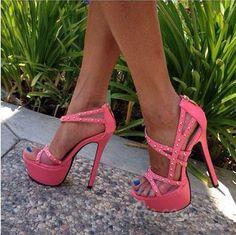 nice Ravishing Contrast Color Rivets Dress Sandals
