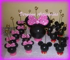 Souvenirs Portamensaje Portafoto Porcelana Fría Mickey X10 U - $ 130,00 Fiesta Mickey Mouse, Mickey Mouse Ears, Mini Mouse, Ideas Para Fiestas, Lalaloopsy, Pasta Flexible, Mouse Parties, Baby Shower, Birthday