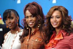 """100 Greatest Christmas Songs of All Time: """"Carol of the Bells"""" - Destiny's Child (2004)"""