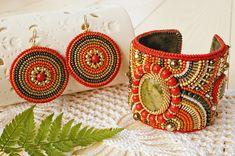 Perle brodé Bracelet et boucles d'oreilles avec Unakit et Swarovski Perle, broderie de perles