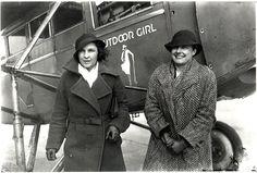 A csaknem tíznapos, leszállás nélküli egyfolytában repülés még 1933-ban történt és a legenda szerint a varrótű és a cérna is szerepet kapott benne.  ...