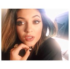 Find images and videos about nails, kylie jenner and kardashian on We Heart It - the app to get lost in what you love. Kylie Jenner Instagram, Kylie Jenner Im Bikini, Kylie Jenner Nails, Kendall And Kylie Jenner, Kardashian Jenner, Kardashian Kollection, Jenner Girls, Idol, Selfie
