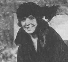 """""""The awesome tragedy of Michael Collins' death at Béal na mBlath on 22 August 1922 was the final grief for Kitty Kiernan, her devastation total. Instead of the planned double wedding— her sister Maud married Gearoid (O'Sullivan) in October—Kitty sat by her sister dressed in black from head to foot."""" (The original double wedding date had been set for October 19, 1922.)"""
