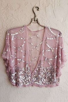 Blush Pink Sheer mesh Beaded great gatsby cape sleeve kimono crop top for Gypsy reserved for Natasha Estilo Fashion, Look Fashion, Indian Fashion, Shrug For Dresses, Dress Up, Long Dresses, Elisa Cavaletti, Hippie Style, My Style