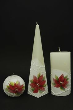 Christmas flower... Diy Arts And Crafts, Crafts To Sell, Christmas Candles, Christmas Ornaments, Candle In The Dark, Henna Candles, Candle Art, Candle Making, Pillar Candles