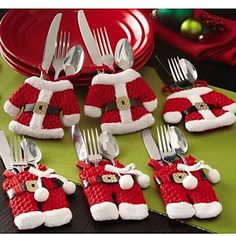 6+Pcs/Set+Christmas+Santa+Silverware+Holders+Pockets+Dinner+Decor+–+USD+$+8.81