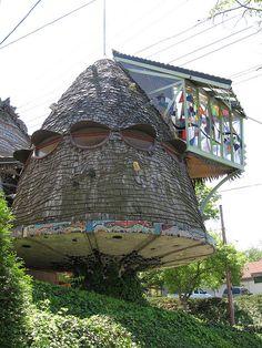 """Mushroom House"" in Hyde Park by Dan Stiver, via Flickr"