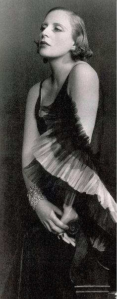 Dora Kallmus (Madame D'Ora)      Tamara de Lempicka      1929