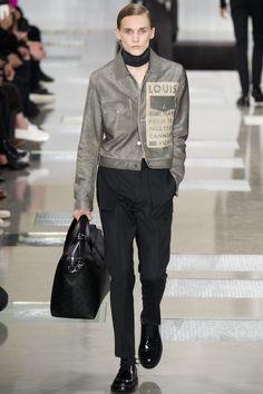 #LouisVuitton  #fashion  #Koshchenets     Louis Vuitton Fall 2016 Menswear Collection Photos - Vogue