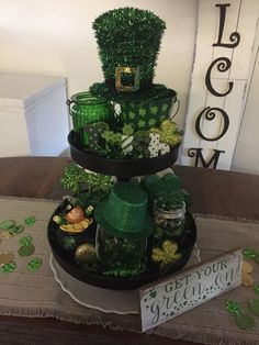 Patrick's Day Decor Ideas To Bring in All The Green and Luck of the Season - Hike n Dip Looking to decorate for the Spring & March season or for St. Get best green DIY St. Patrick's Day Decor Ideas here for this Irish Holiday. Diy St Patricks Day Decor, St Patricks Day Food, Sant Patrick, Saint Patrick's Day, St Patrick's Day Decorations, Tiered Stand, Luck Of The Irish, Irish Luck, Lanterns Decor