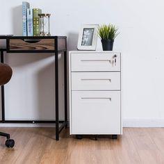 La cajonera es un artículo esencial en la oficina,ayuda a poner en orden los documentos y suministros de oficina. 3 Drawer File Cabinet, Filing Cabinet, Drawers, Desk, Ranger, Bullet Journal, Furniture, Home Decor, Closets
