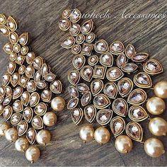 """Bridal Jewellery Inspirations for the Modern Indian Bride! Indian Jewelry Earrings, Fancy Jewellery, Jewelry Design Earrings, Indian Wedding Jewelry, India Jewelry, Ear Jewelry, Stylish Jewelry, Fashion Earrings, Bridal Jewelry"