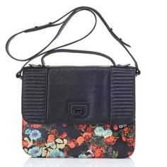Last Chance!! 💖HP! BCBGeneration Floral Crossbody New BCBGeneration black and floral crossbody. Beautiful florals colors and black flap closure. So cute! Color is Blulgnmul, Style number is NOI224GN-W53. Please feel free to ask any questions or make an offer 🌺 BCBGeneration Bags Crossbody Bags