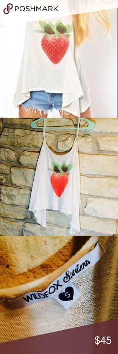 🍓 Wildfox 🍓strawberry tank top Cream/off white tank top by Wildfox with a strawberry on the front. Straps adjust in back Wildfox Tops Tank Tops