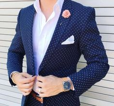 As a suit….no, as a blazer oh yes please. Simple white shirt and a patterned tie and voilá.