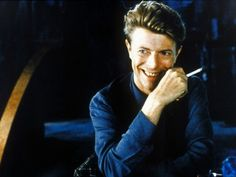 """I 40 anni di """"Heroes"""", quando Berlino salvò Bowie"""