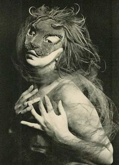 Leonor Fini –  André Pieyre de Mandiargues – Masques de Leonor Fini  Paris, La Parade Éditions André Bonne, 1951