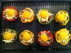 """Peace, Love, and Low Carb: """"The Everything"""" Breakfast Stuffed Pepper Cups - Low Carb, Gluten Free - OMG I can't wait to cook all these delicious meals! Low Carb Recipes, Cooking Recipes, Healthy Recipes, Atkins Recipes, Healthy Options, Free Recipes, Healthy Food, Omelettes, Low Carb Breakfast"""