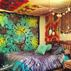Love the sun tapestry - everything else, not so much