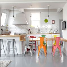 White kitchen, coloured chairs #vintage #chair #bamarang