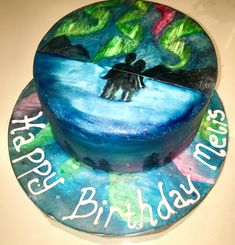 Beautiful northern lights cake, how to hand paint a cake. Northern Lights Michigan, Northern Lights Sweden, Northern Lights Canada, Northern Lights Tattoo, Northern Lights Wallpaper, Lit Wallpaper, Light Cakes, Edible Glitter, Painted Cakes