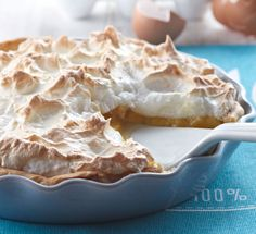 Raparperi-marenkitorttu Deli, Baking Recipes, Berries, Food And Drink, Ice Cream, Sweets, Chocolate, Desserts, Tarts