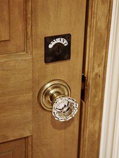 クリスタル/ドアノブ/表示錠/扉/インテリア/アンティーク/注文住宅/施工例/ジャストの家/ handle/knob displaylock/doorknob/design/interior/house/homedecor