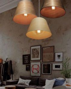 Lámparas colgantes con tulipa de madera. Mas modelos en luzytendencia.com