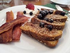 InnSIGHTS from the Thomas Shepherd Inn Bed and Breakfast in Shepherdstown, WV: Blueberry Pecan French Toast