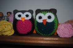 This free crochet owl hat pattern is the third of the owl family. Pattern available in four sizes. Crochet Owl Hat, Owl Crochet Patterns, Owl Patterns, Crochet Yarn, Free Crochet, Crochet Animals, Crochet Ideas, Simple Crochet, Felt Owls