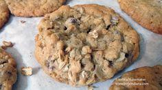 Oatmeal Chocolate Chip #Cookies #Recipe