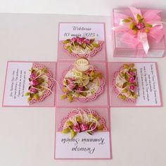 Magic Box, Diy Gift Box, Diy Box, Pop Up Cards, 3d Cards, Diy Paper, Paper Crafts, Exploding Box Card, First Communion Invitations
