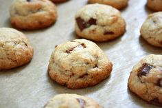 collecting memories: Thick and Chewy Chocolate Chip Cookies