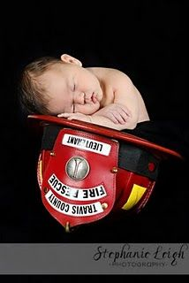 when your daddy's a firefighter, you get to nap in the helmet <3