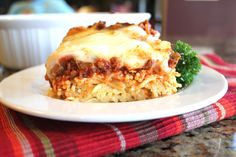 Spaghetti Pie from @jamiecooksitup