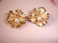 1940s Dragonfly Pearl Earrings Gold Clips by MississippiDeltaTrea, $45.00 FABULOUS DRAGONFLY 40s PEARL EARRINGS...SHABBY FRENCH CHIC WEDDING STYLE!!!