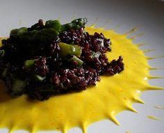 Riso Venere con salsa gorgonzola allo zafferano